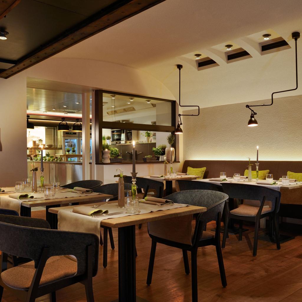 relais ch teaux hotel die sonne frankenberg frankenberg eder der varta f hrer top. Black Bedroom Furniture Sets. Home Design Ideas