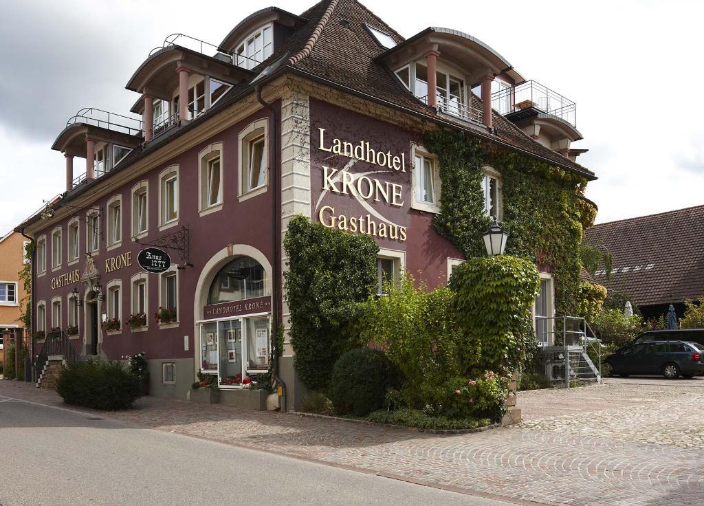 landhotel krone heitersheim der varta f hrer top hotels und restaurants in deutschland. Black Bedroom Furniture Sets. Home Design Ideas