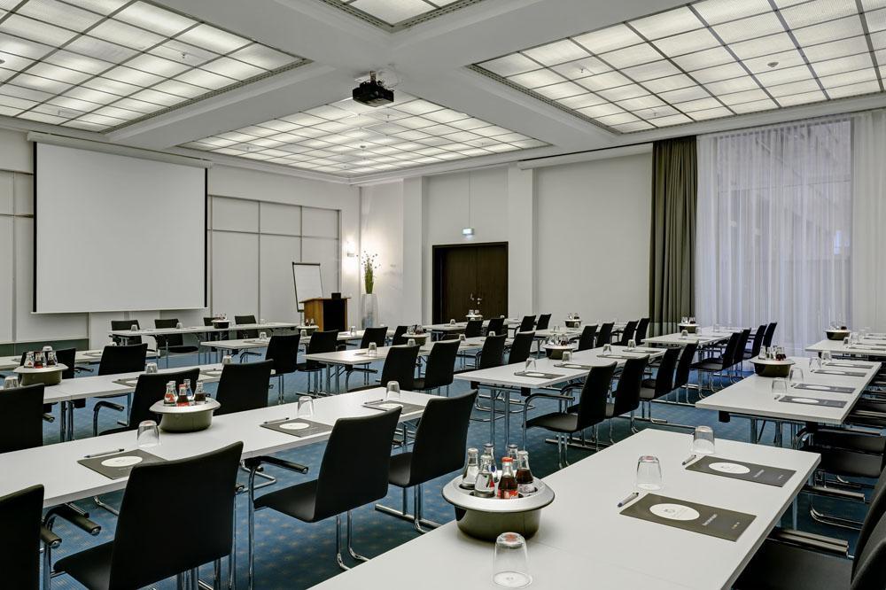 elements pure feng shui concept hotel bremen der varta f hrer top hotels und restaurants. Black Bedroom Furniture Sets. Home Design Ideas
