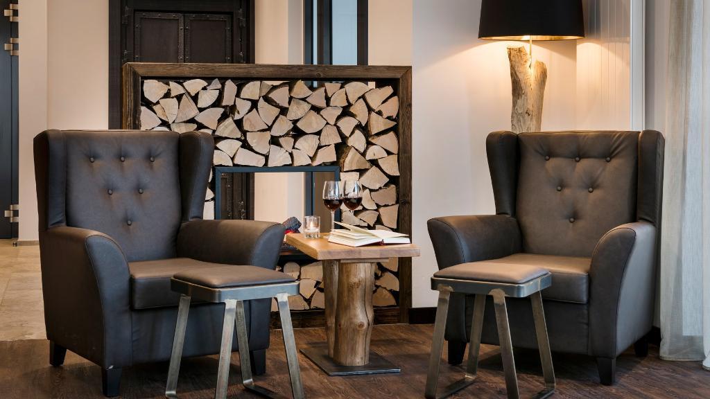 Hotel traumschmiede unterneukirchen der varta f hrer for Designhotel oberbayern