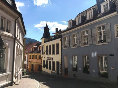 Historisches Hotel Garni & Weinbar Rathausglöckel