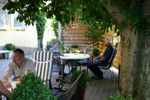 Hotel & Weinstube Lehn