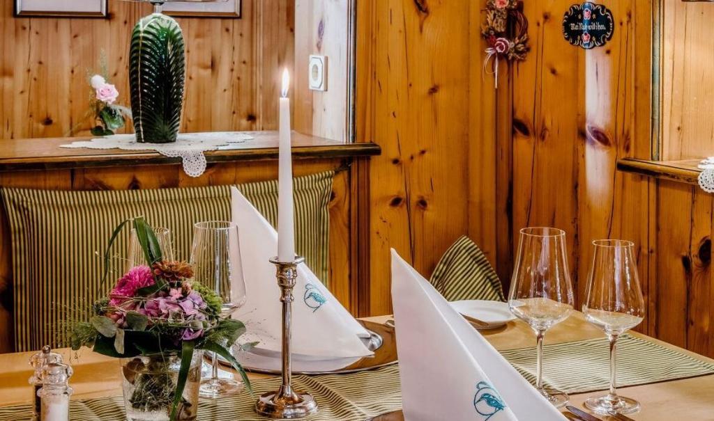 Der Eisvogel Hotel Spa Gasthof Neustadt An Der Donau