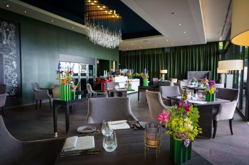 Restaurant Schwarzenstein - Nils Henkel