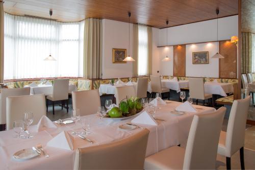 Zettler's Restaurant