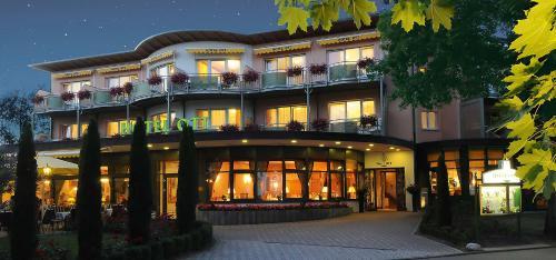 freiburg ist mit der altstadt ein spannendes ausflugsziel. Black Bedroom Furniture Sets. Home Design Ideas