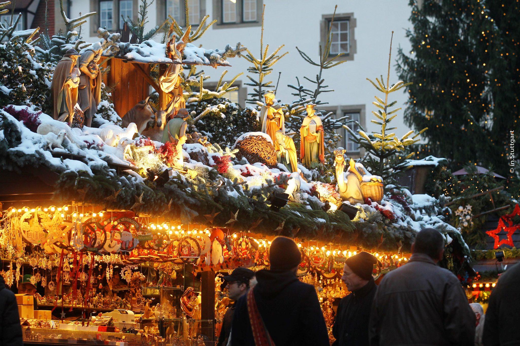 Standdeko auf dem Stuttgarter Weihnachtsmarkt