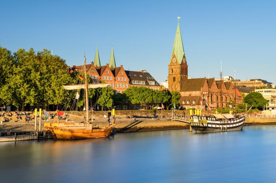 Blick auf Bremen und das Weserufer