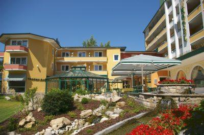 Parkhotel in Bad Füssing, Rottal –Inn, Außenansicht des Hotels