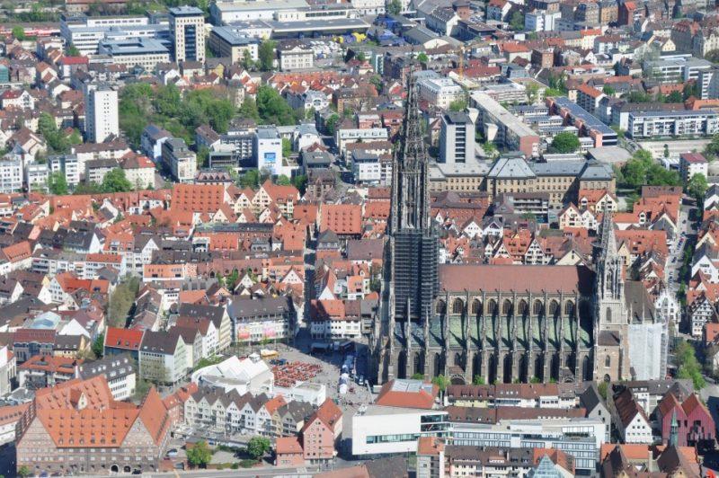 Ulmer Münster, Luftfoto auf den Münster von Ulm