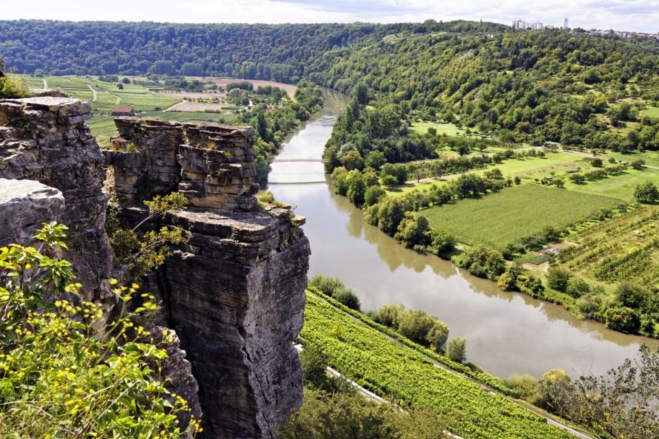 Die herrlichen Aussicht von oben - die »Felsengärten« das Aushängeschild von Hessigheim.