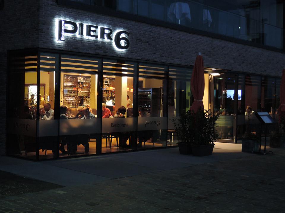 Restaurant Pier 6 Bremerhaven von Steffen Heumann