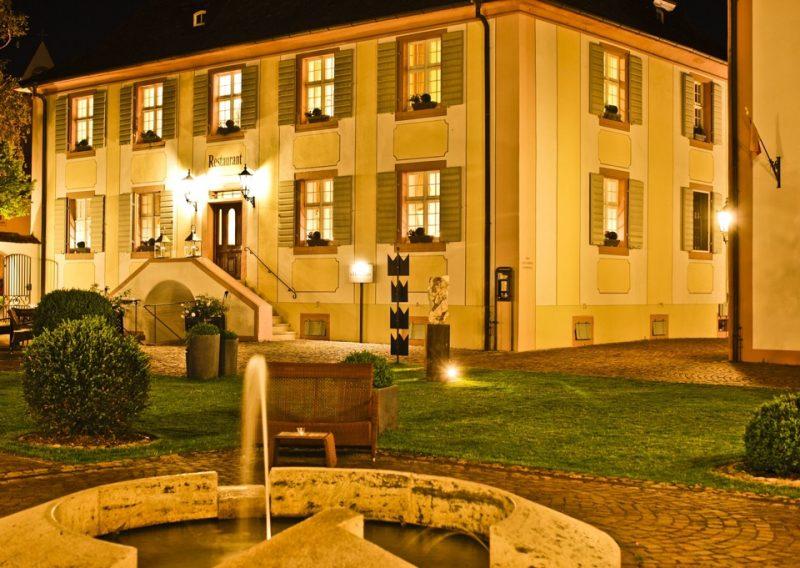 Hotel Schloss Reinach in Freiburg - Munzingen, Abendstimmung