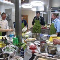 Hotels in Friedrichsdorf: Taunus TagungsHotel, Blick in die Küche