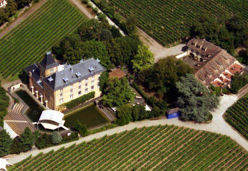 Edesheim : Hotel Schloss Edesheim (Luftaufnahme)