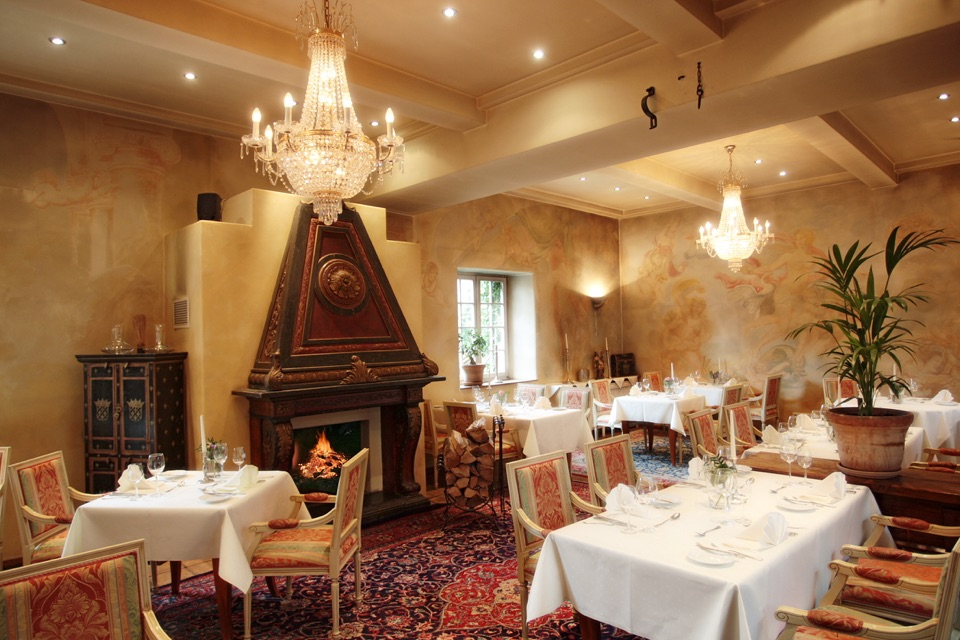 Edesheim : Hotel Schloss Edesheim mit dem Gourmetrestaurant