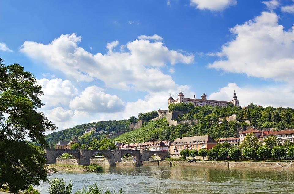 Festung Marienberg über Würzburg am Main