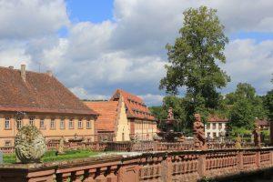 Die Klosteranlage des Bronnbacher Klosters - Taubertalradweg