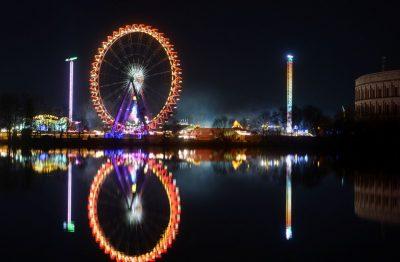 Riesenrad auf dem Nürnberger Frühlingsfest