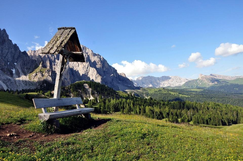 Panoramablick oberhalb von Wolkenstein
