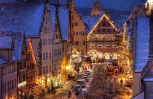 Die mittelalterlichen Gassen von Rothenburg zur Weihnachtszeit - Rothenburger Reiterlesmarkt