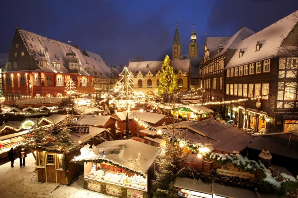 Goslarer Weihnachtsmarkt im mittelalterlichen Stadtzentrum