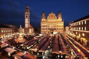 Augsburger Weihnachtsmarkt am Rathaus