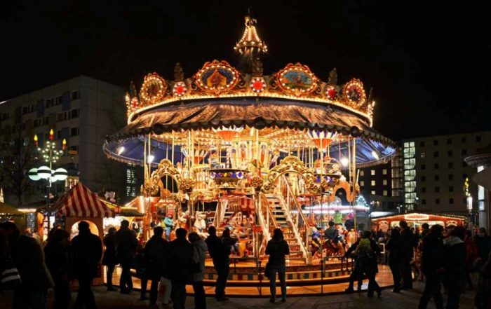 Historisches Etagenkarussel auf dem Leipziger Weihnachtsmarkt