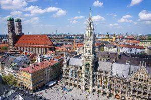 München Marienplatz und Skyline