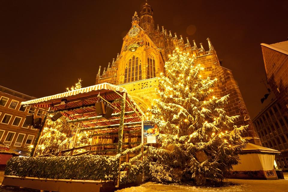 Weihnachtsmarkt Nürnberg.Der Christkindlesmarkt In Nürnberg Varta Freizeit Guide