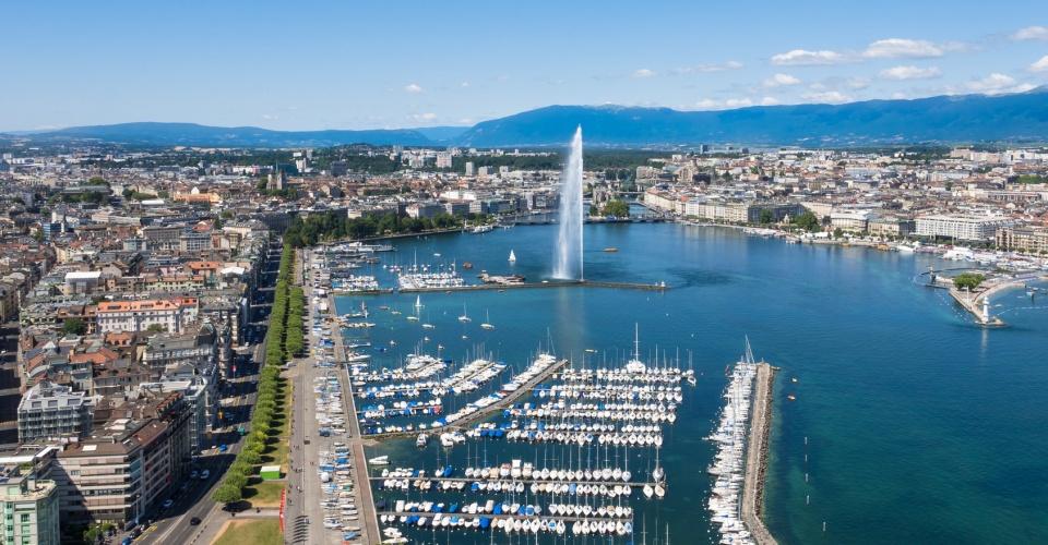 Seeupfer Genf aus der Vogelperspektive