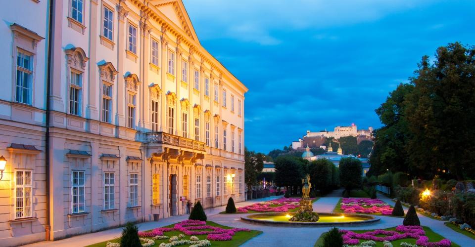 Blick auf die Festung Hohensalzburg am Abend