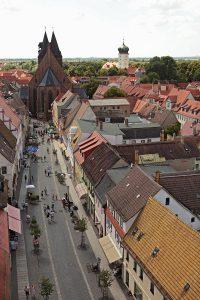 Blick über Delitzsch vom Breiten Turm zur Stadtkirche