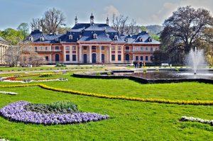 Schloss Pillnitz im Frühling