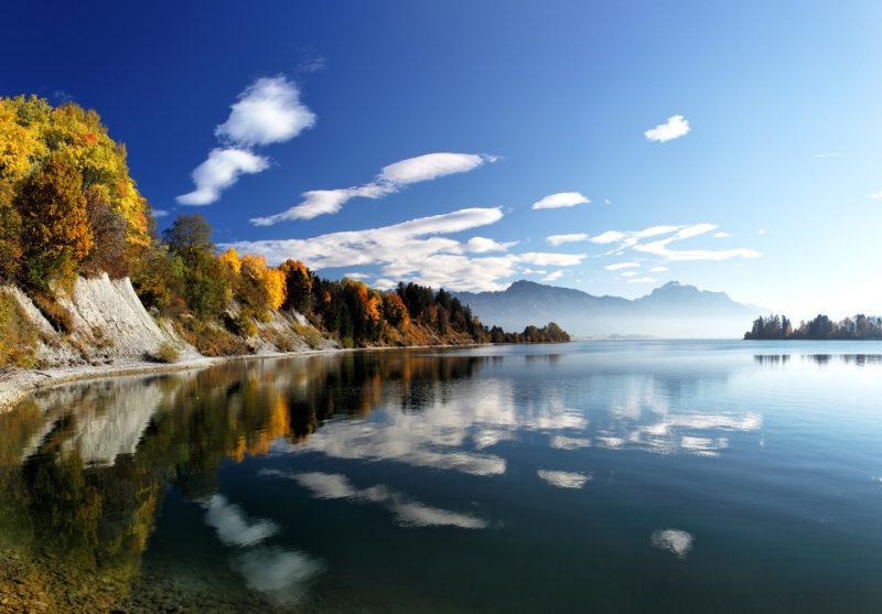 Herbstlandschaft am Forggensee - Bodensee-Königssee-Radweg