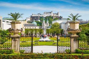 Mirabellengarten mit Blick auf die Festung Hohensalzburg