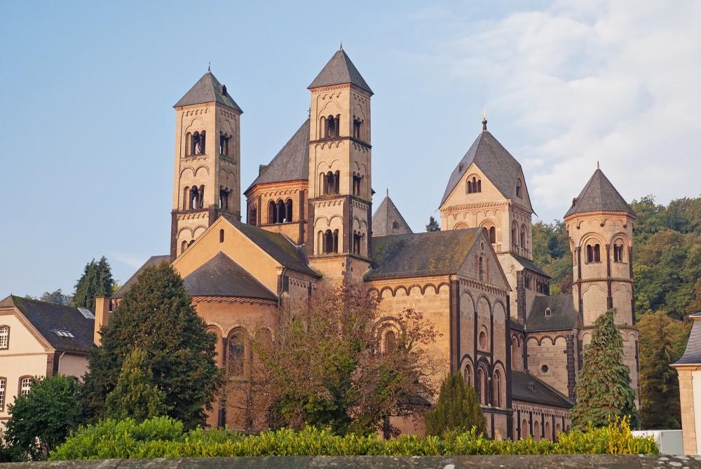 Klosterkirche der Benediktinerabtei Maria Laach