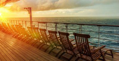 Kreuzfahrtschiffe: Liegestühle