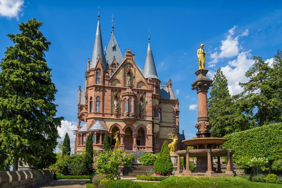 Schloss Drachenburg am Drachenfels
