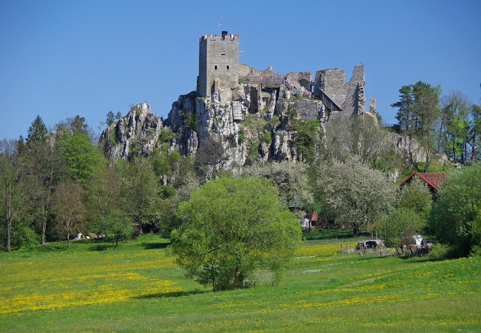 Burgruine Weißenstein - Wandern auf dem Böhmweg