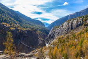 Hängebrücke zwischen Riederalb und Belalp in der Schweiz, Aletschgletscher