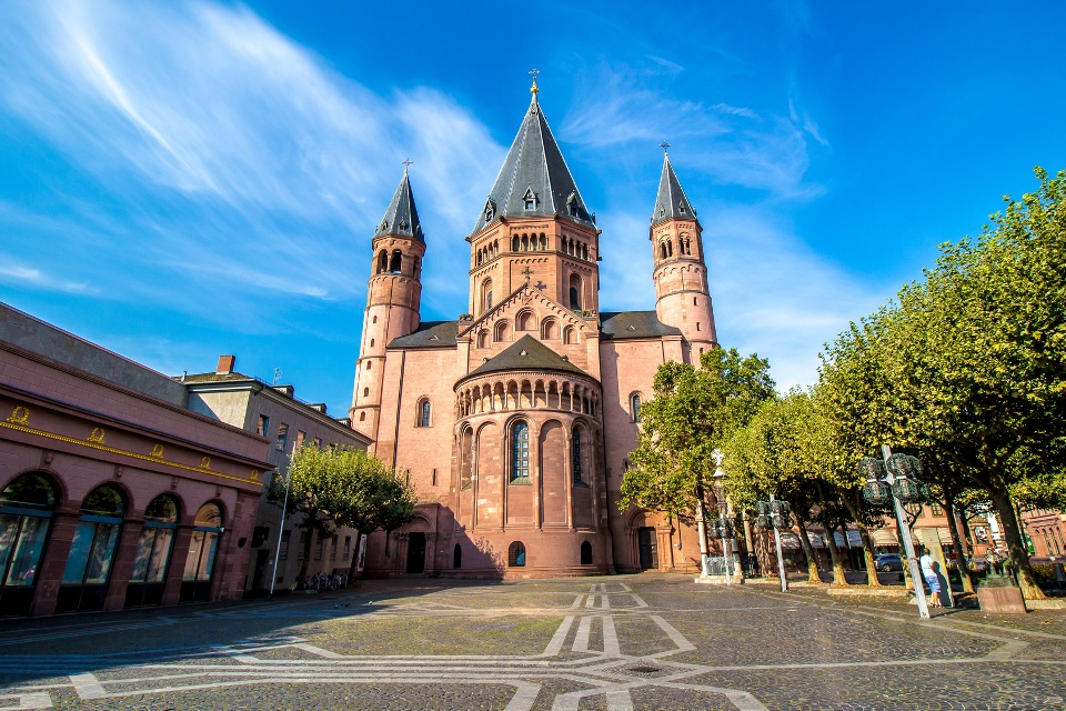 Mainzer Dom, Rhein-Main-Gebiet