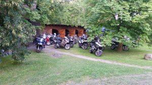 Unterbringung der Motorräder © Hotel Erbgericht