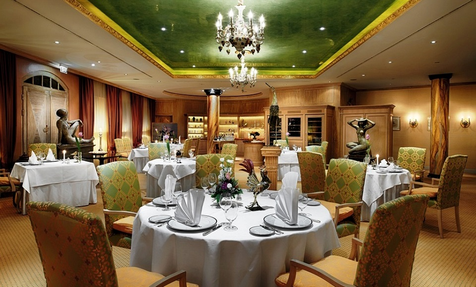 Gourmets willkommen hotel b low palais in dresden for Hotelsuche dresden