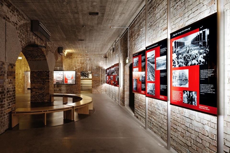 Ausstellung Dokumentationszentrum Reichsparteitagsgelände