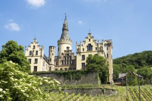 Schloss Arenfels, Rheinsteig