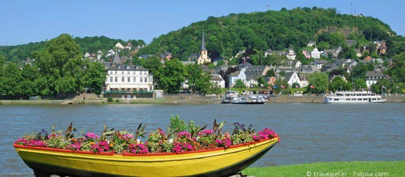 Boot auf dem Rhein