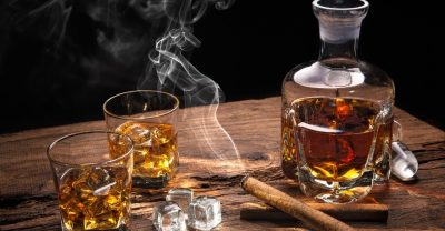 Whisky mit Zigarre, Bars in Berlin