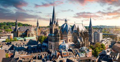Blick auf den Dom und die Aachener Altstadt