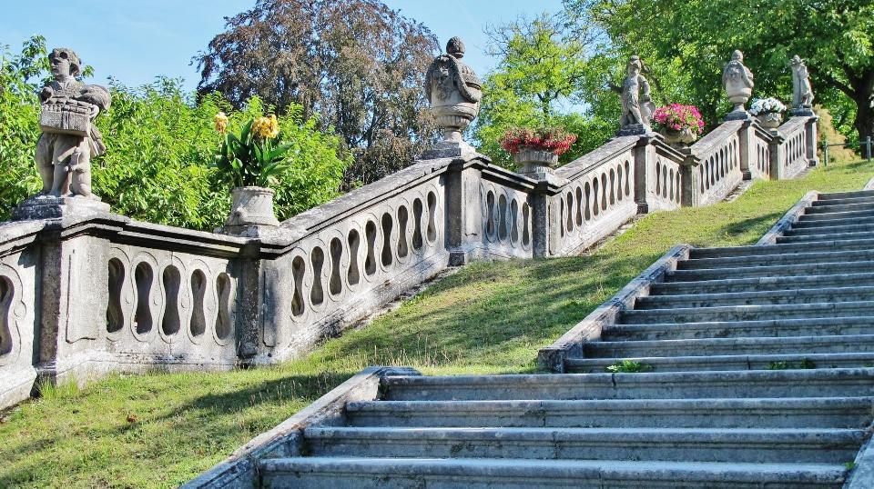 Freitreppe im Hofgarten der Würzburger Residenz